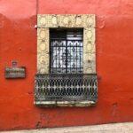 ventana de cantera, casa colonial, paseo por oaxaca