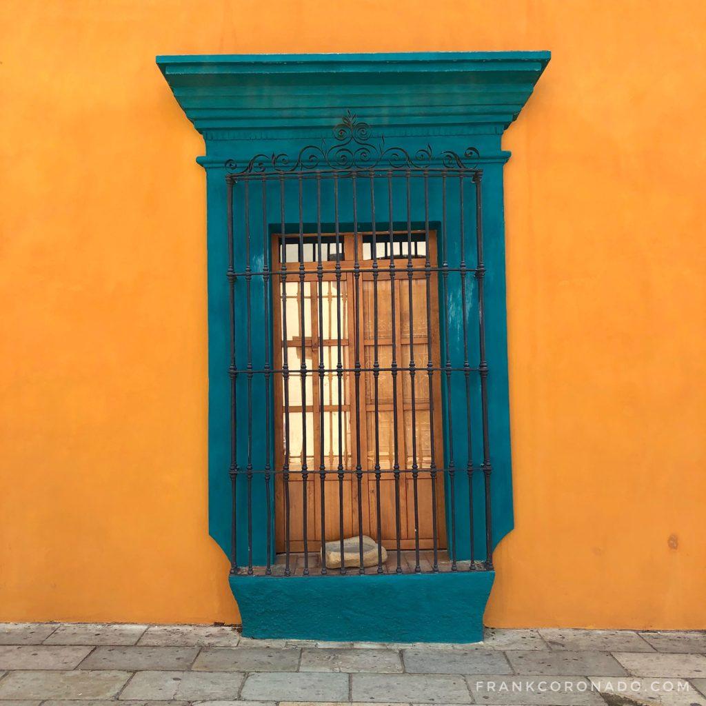 ventanas de colores de oaxaca