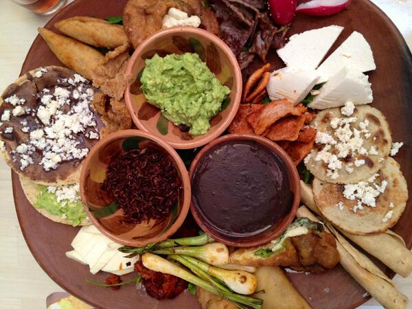 plato de comida oaxaqueña frank Coronado