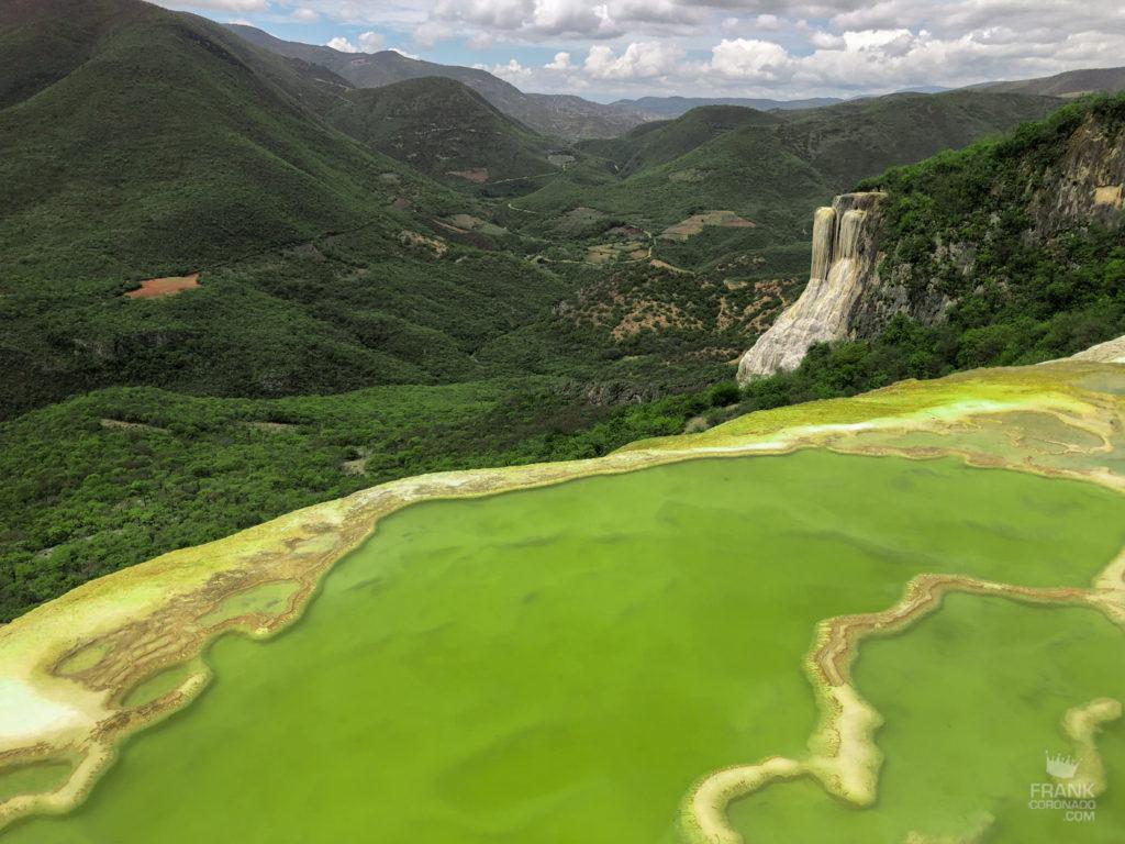 vista de las cascadas de hierve el agua