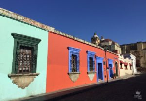 Calles coloridas del centro historico de Oaxaca