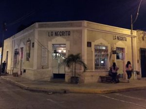 Vida Nocturna en Mérida Yucatán La Negrita