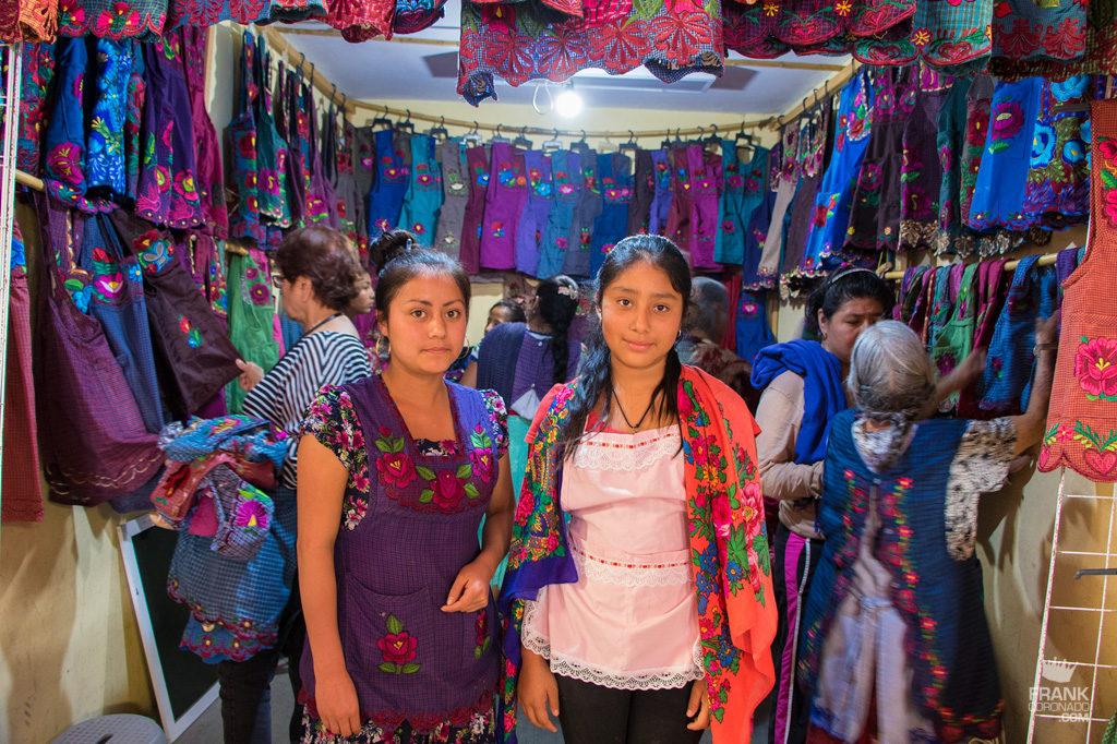 mujeres tlacolula oaxaca mercado