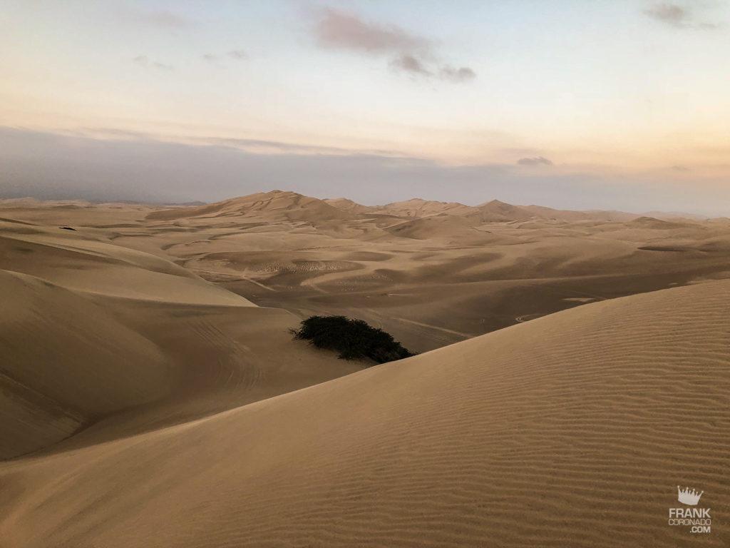 dunas del desierto de ica en peru