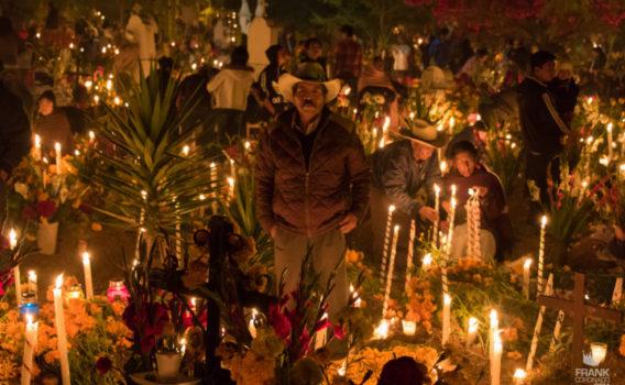 dia de muertos en atzompa, panteones de oaxaca, dia de muertos en mexico