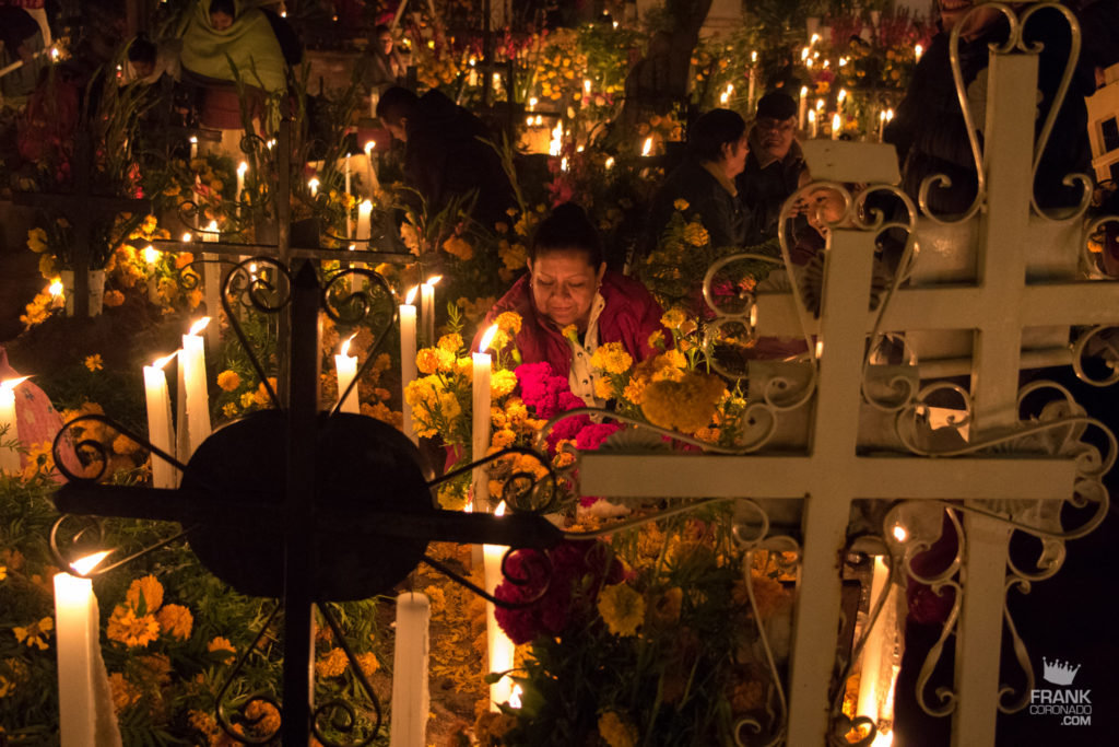 tumbas dia de muertos, panteones de oaxaca, donde celebrar dia de muertos