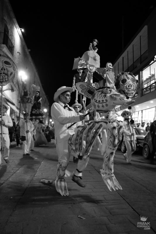 desfile dia de muertos, como es el dia de muertos en oaxaca