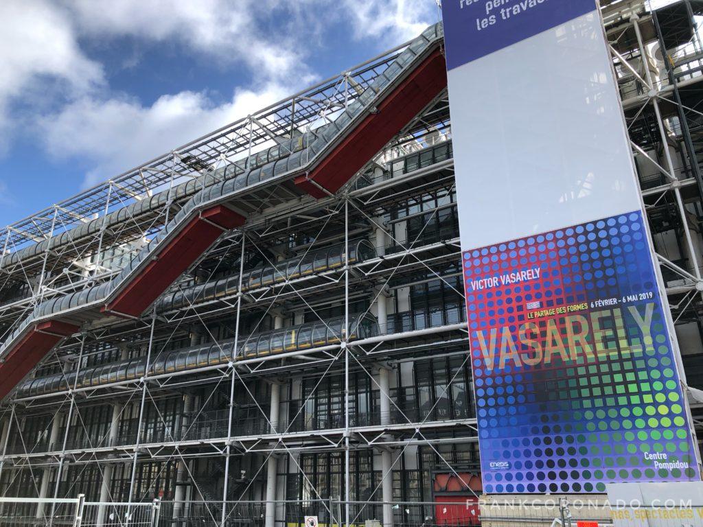 fachada Centro Georges Pompidou de paris