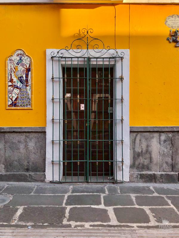 vacaciones en Puebla, casas antiguas, Puertas y ventanas de Puebla