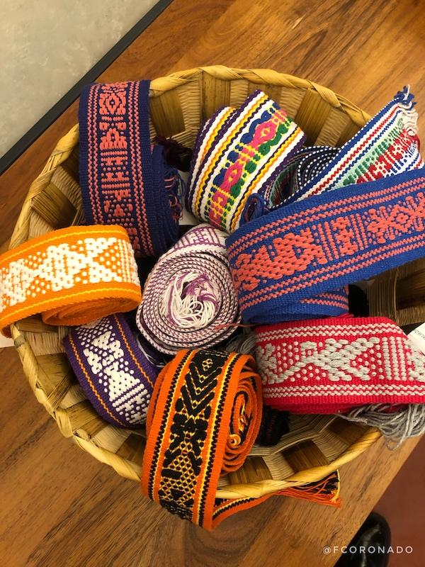 telar de cintura, santo tomas jalieza, cinturones de colores