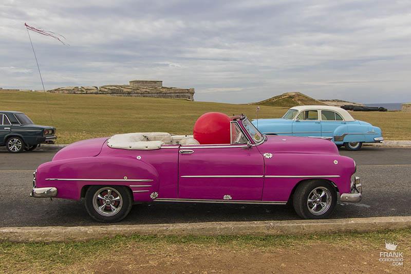 autos clasicos de cuba