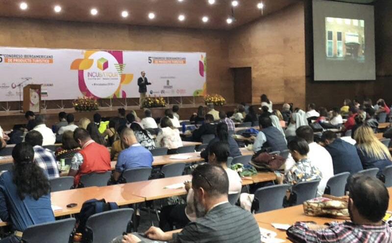 conferencia sobre redes sociales