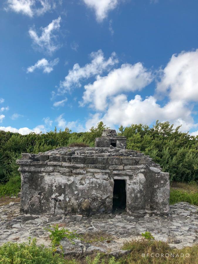 zona arqueologica en cozumel