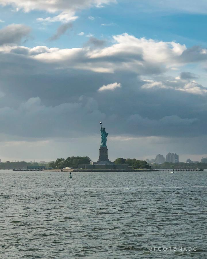 estatua de la libertad desde el ferry