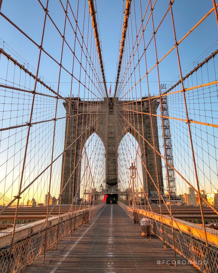 amanecer en el puente de brooklyn