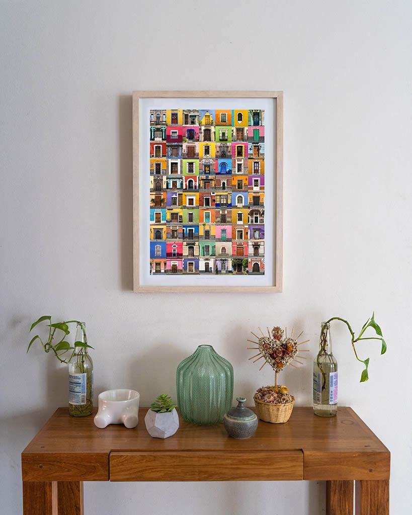 fotografia enmarcada con collage de fachadas de puebla